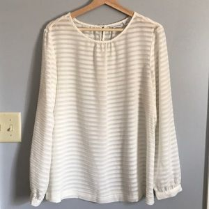 Liz Claiborne sheer textured blouse
